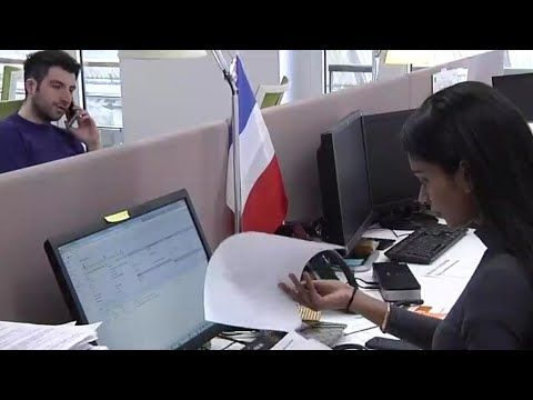 ???? الحكومة الفرنسية تقترح قوانين لانتقاء المهاجرين وفق سوق العمل  - 20:55-2019 / 11 / 5