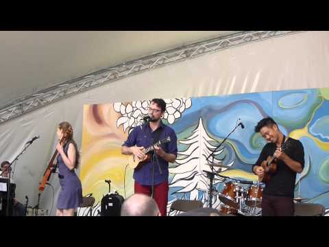 Winnipeg Folk Fesitval - Jake Shimabukuro, James Hill and Anne Janelle