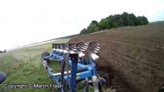 ploughing rocky field / orka kamienistego pola