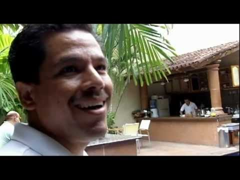 Tour of the gay hotel in Puerto Vallarta, Hotel Mercurio, by Gabriel Bojórquez