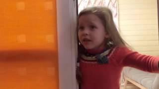 Мамо, мамо, я велику драбину перекинула!!!