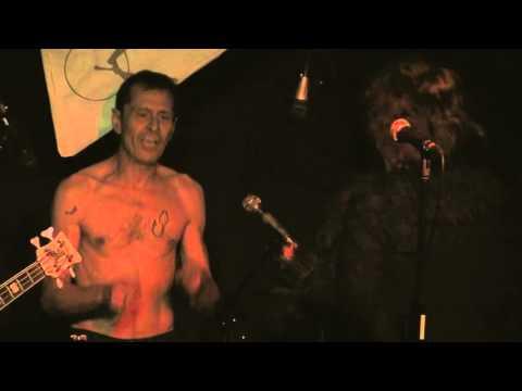 DESECHABLES - Johnny @ Sala Circus Cerdanyola (28.09.13)
