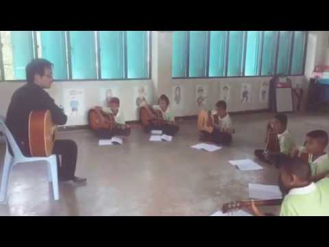 การเรียนวิชาดนตรีเลือกตามความถนัดชั้นป5/2 (ครูทรงวุฒิ รุ่งวิริยะชัย)