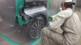 立川市よりご来店 ホンダ NーBOX の板金・塗装・修理作業です。【板金塗装なら東京立川市のガレージローライド】 thumbnail