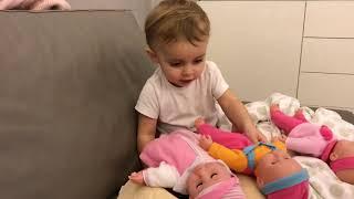 Пока укладывала детей спать  , те получили несколько сотрясений ... слабонервные не смотрят ...
