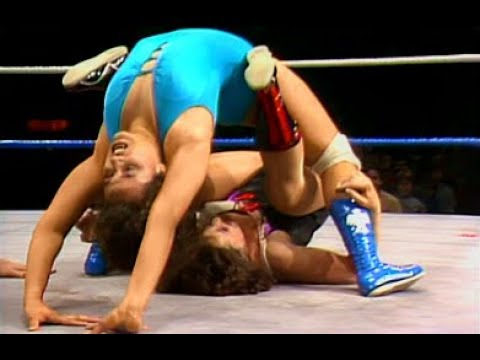 (720pHD): WWE 05/05/86 - Linda Gonzalez vs. Donna Christanello