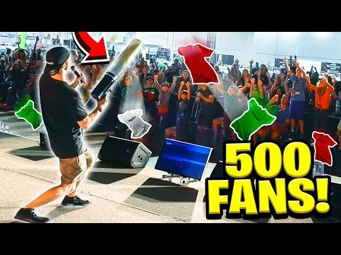 500 FANS vs GIANT T-SHIRT CANNON!