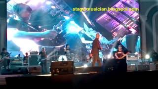 Ahmad Dhani (Triad) live at jogja -  Dua Sejoli
