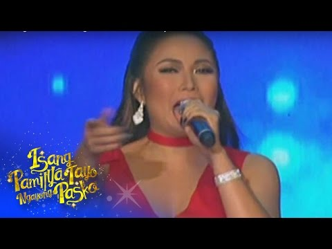 """Yeng sings """"Pasko Na Naman Muli"""" together with PBB Lucky 7 Teens"""