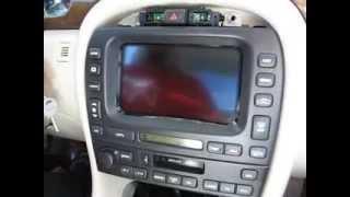 Як зняти Радіо / дисплей / навігація від Jaguar X тип 2002 року для ремонту.