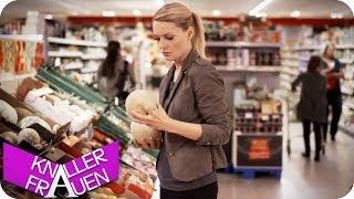 Knallerfrau im Supermarkt