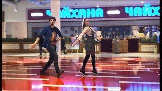 Девушки Танцуют Круто Безподобно В Москве 2020 Лезгинка Чеченская ALISHKA KOLOMIJ RUSLAN ARINA