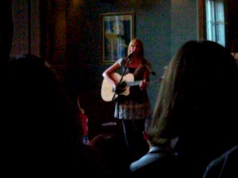 Lucy Rose at the Old Queen's Head
