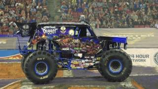 Monster Jam in Tampa Highlights   Jan 14, 2017