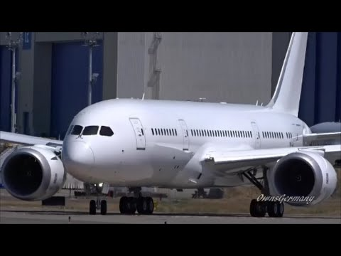 PrivatAir 787-8 Dreamliner Boeing Business Jet First Flight & RTO @ KPAE Paine Field