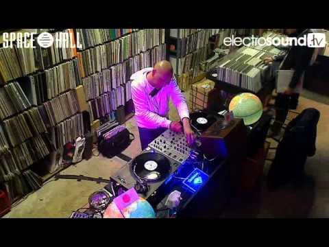 Live WebTV | Tapedeck from the Spacehall with Mathias Meindl on decks Jerome Sydenham