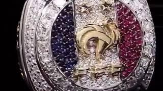 بالفيديو.. بوغبا يهدي زملائه في المنتخب خاتماً تذكاريا رائعاً