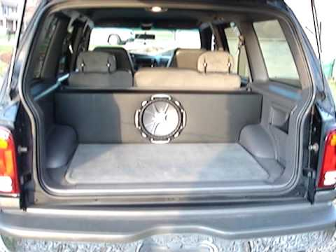12 Quot Kicker Cvx Subwoofer In Custom Made Box 2000 Ford