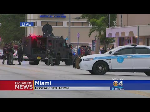 Police Dealing With Hostage Situation At Miami Bar