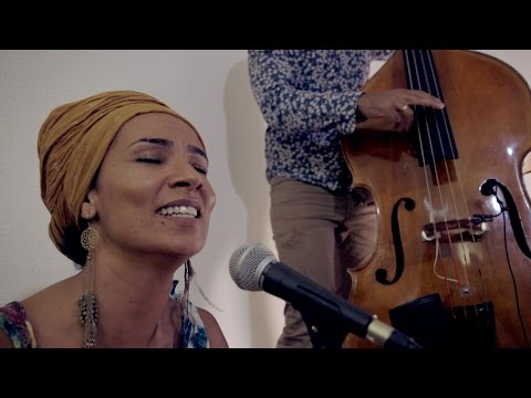 OUM | Jini | Loustic Sessions