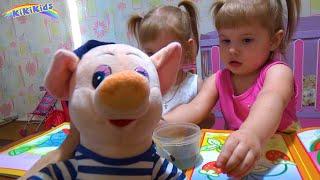 Свинка Пеппа играет с Малышами / Развивающие раскраски для детей. Игры для детей. KiKiKids.