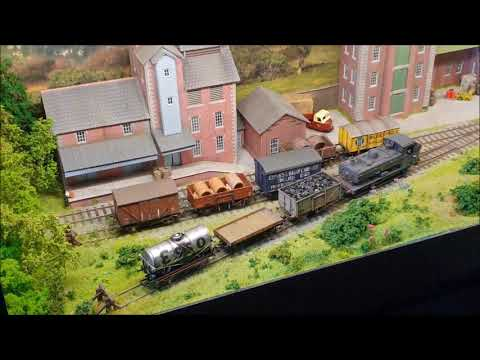 Model Railways- Part 13- Micro Layouts