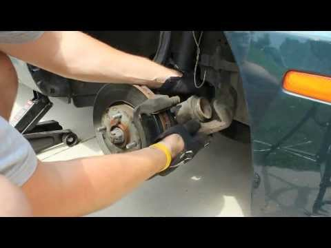 how to change replace install brake pads 2004 kia optima general vehicles how to make do. Black Bedroom Furniture Sets. Home Design Ideas