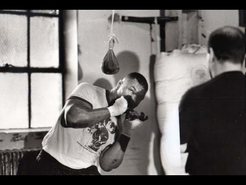 Amazing Mike Tyson Defencive Boxing Skills