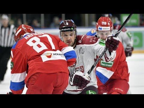 Krišjānis Rēdlihs atskaitīts no hokeja izlases