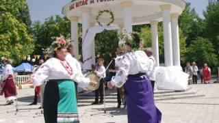 Фольклорный ансамбль на Купальских зорях