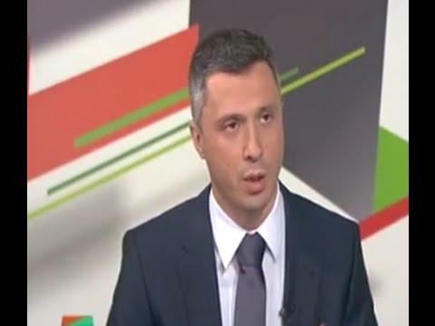 POGLEDAJTE - Boško opet napao novinarku u studiju!
