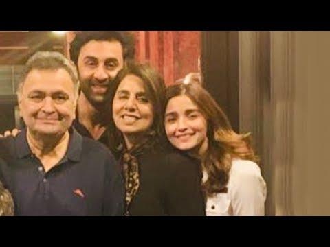 Alia Bhatt POSES With Ranbir Kapoor, Aishwarya, Abhishek, Aaradhya In New York Mp3