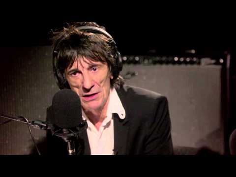 Paul McCartney and Ronnie Wood on