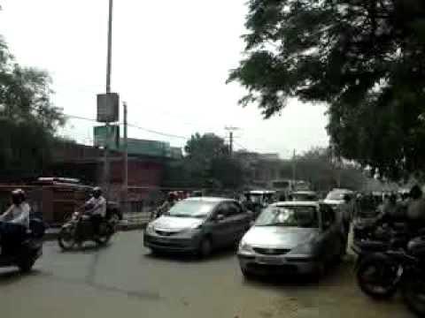 traffic New Delhi, in front of Koenig Solutions