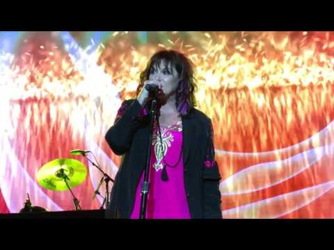 Ann Wilson of Heart Ive Seen All Good People  Your Move