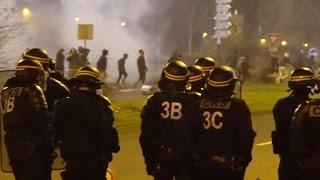 В Париже правоохранители применили слезоточивый газ для разгона акции протеста