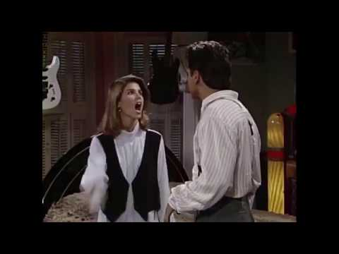 Muss - Aunt Becky Could Get 40 Years! Lori Loughlin Gets Another Charge!