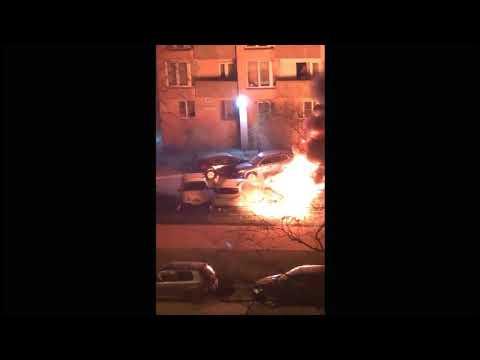 В Санкт-Петербурге сгорели 3 автомобиля / 3 cars burned down in St. Petersburg россия итоги