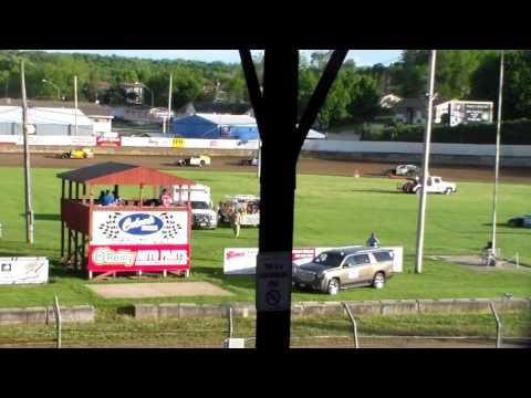 Bmod Heat 1 @ Upper Iowa Speedway 05/29/16