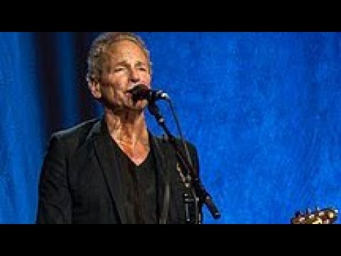 Lindsey Buckingham Email Reveals His Love For Fleetwood Mac
