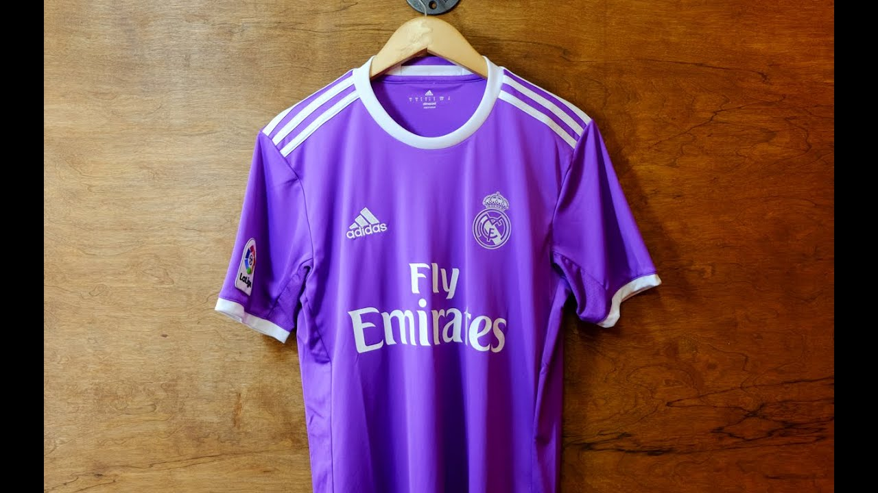 Review  Real Madrid 2016 17 Away Jersey - YouTube 7d78aa251