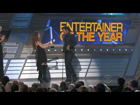Luke Bryan - Wins Entertainer Of The Year? - ACM Awards 2013