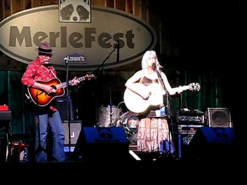 Your Long Journey- Emmylou! Merlefest 2009