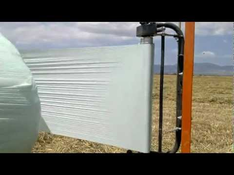 Making Silage Bale Wrap with Aero Wrap Ultra 750mm (2)