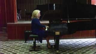 Ganka Nedelcheva performs Dimiter Christoff