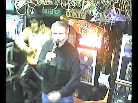 Gerd singt Jungfrauenchor im Karaoke Fun Pub Stuttgart http://www.funpub.de