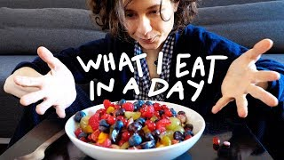 WHAT I EAT IN A DAY (végétal) | solangeteparle