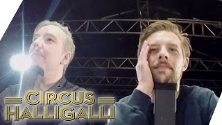 Aushalten: Nicht lachen (Tag Team Edition) Vol. 2 - TEIL 3 | Circus HalliGalli | ProSieben thumbnail
