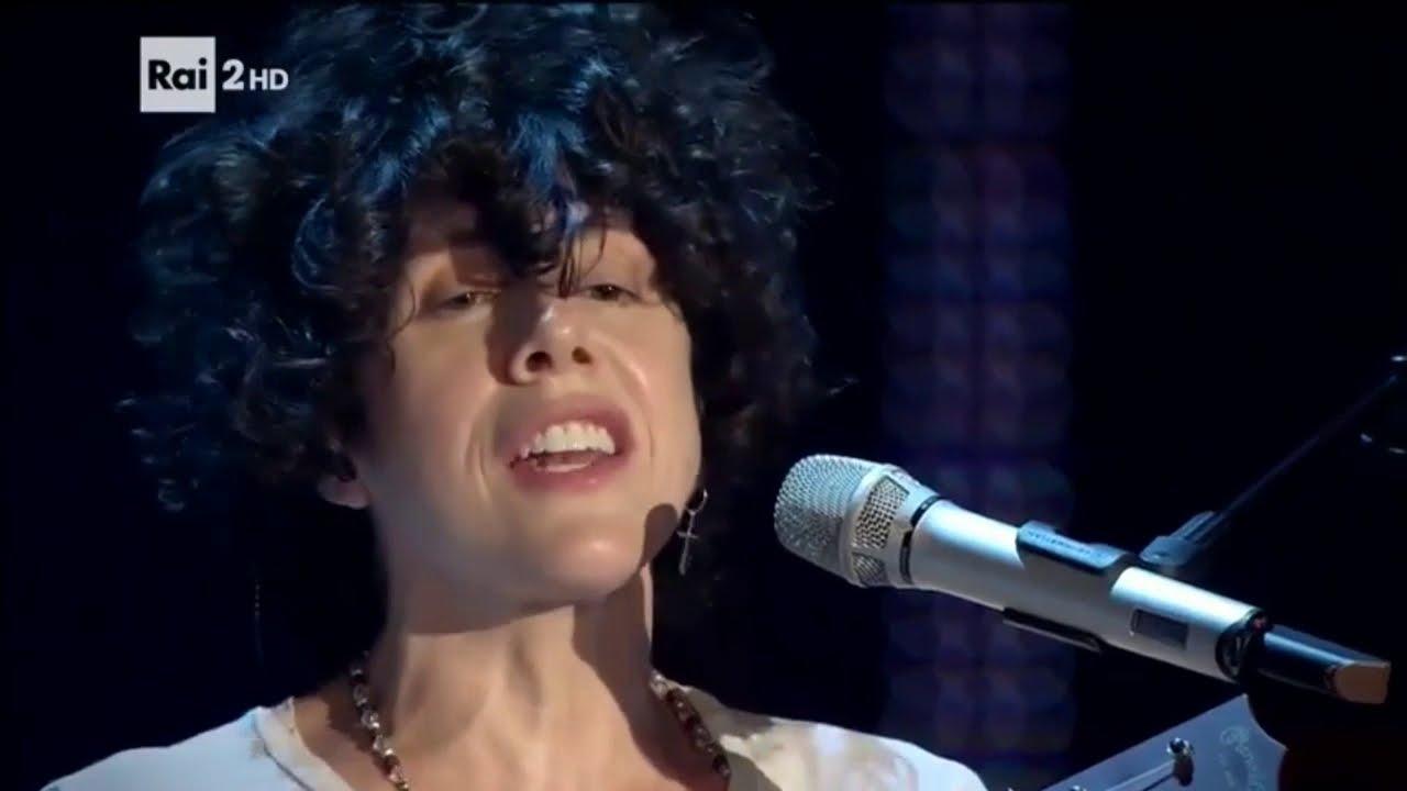 Download LP - Laura Pergolizzi - Lost On You (Live, 2016, Rai 2)