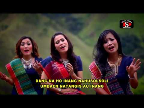 LAGU TERBARU 2O18 - 3 Ratu Batak Vol 5 - Hela Nasala Pillit ( Official Music Video )